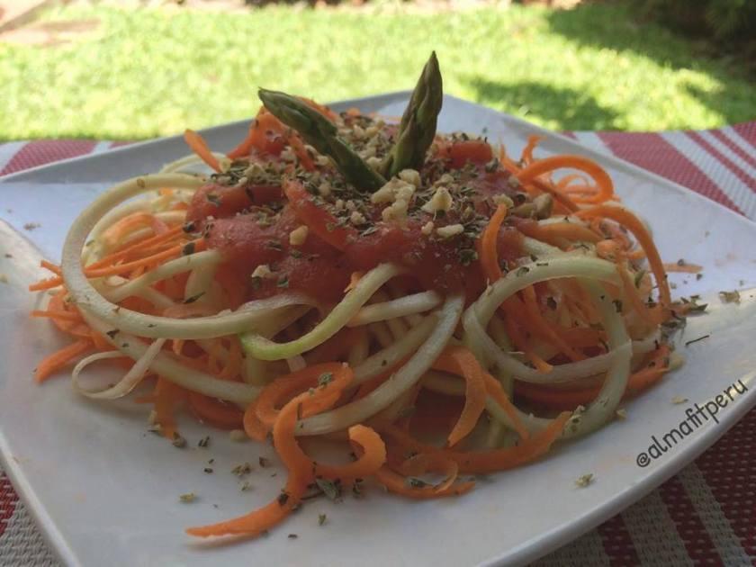 vegetti con salsa de tomate
