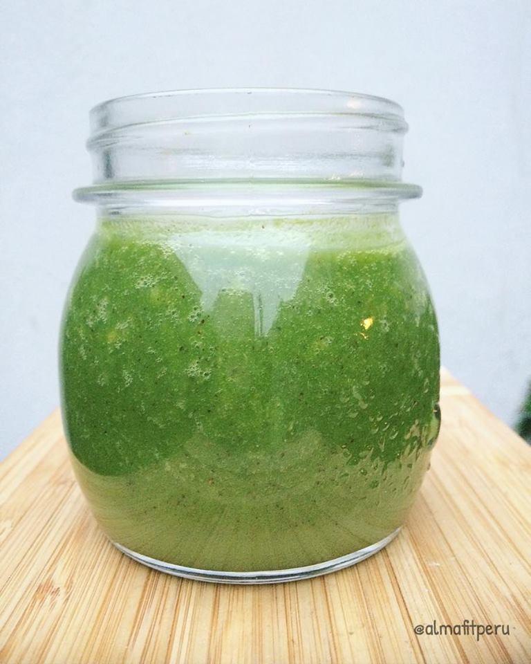jugo verde alcalino